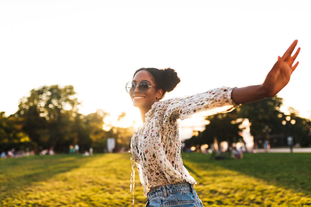 15 Lifestyle Hacks for Finding Happiness