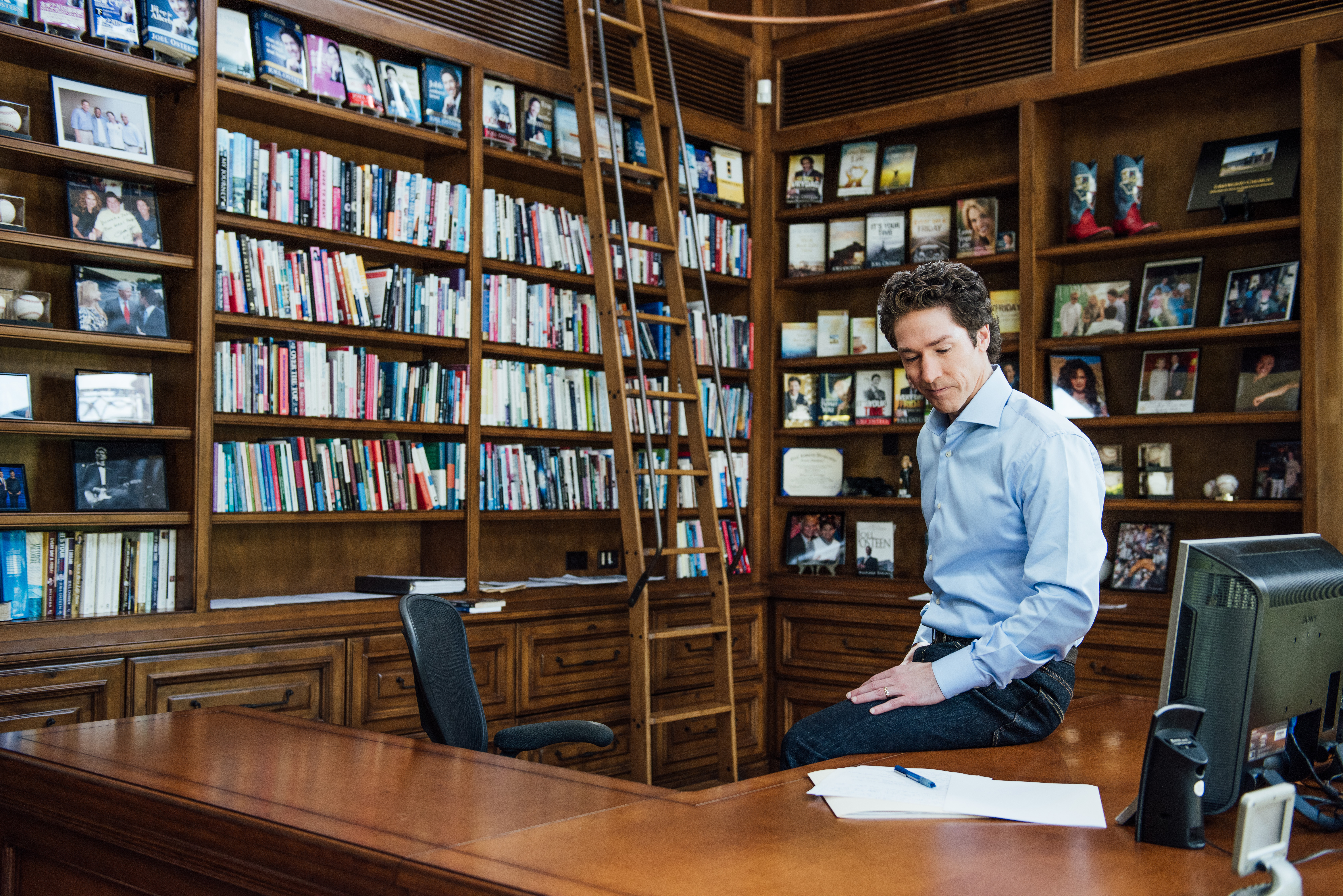 Why Joel Osteen Is the Most Popular Minister on the Planet